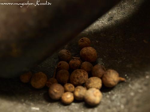 Gewürzmischung für Kürbiskuchen (Pumpkin Pie Spice) mit Piment (Allspice)