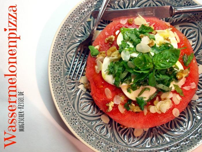 Rezept für sommerlichen Salat mit Wassermelone