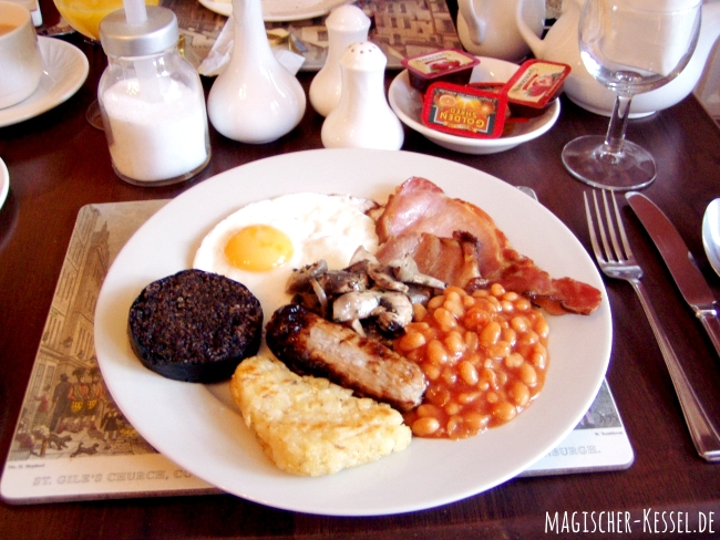 """Frühstücken in Schottland: Was ist drin im """"full scottish breakfast""""?"""