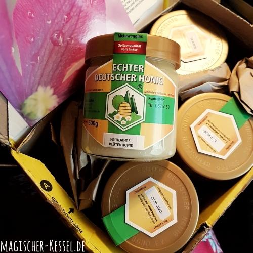 Paket voll mit deutschem Honig - direkt von der Imkerin