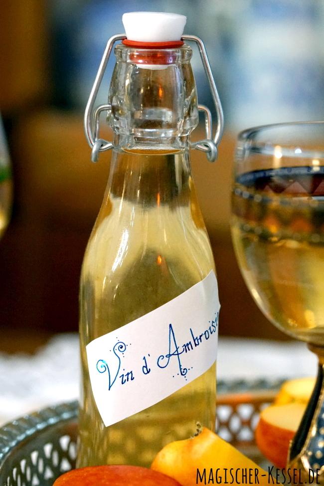 Mittelalterlicher Gewürzwein mit Honig und Orangenblütenwasser