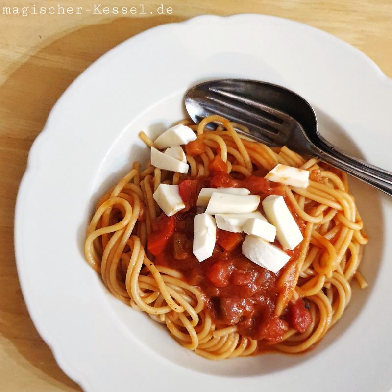 Rezept für Spaghetti mit veganer - vegetarischer Nudelsauce