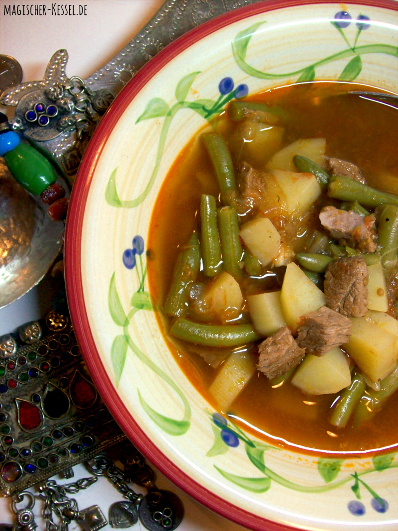 Arabischer Lammtopf - Bohnensuppe mit Tomaten, Lamm, Kartoffeln und grünen Bohnen
