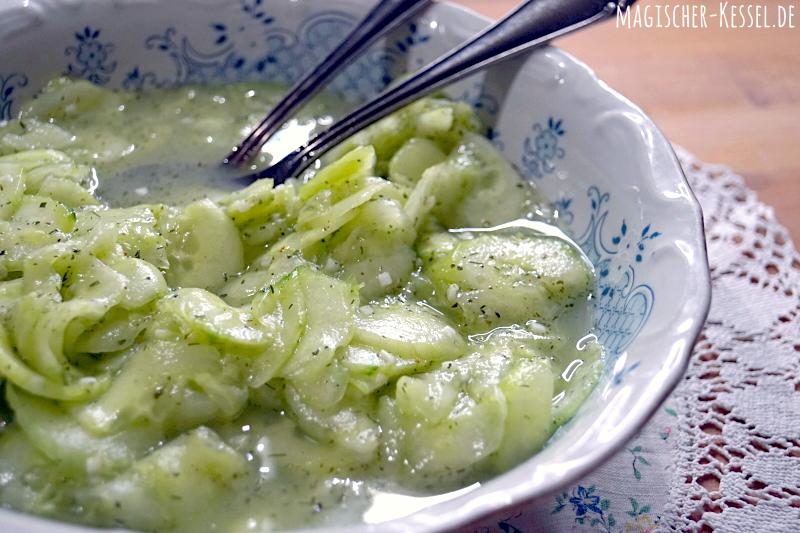 Gut und simpel: Einfacher Gurkensalat